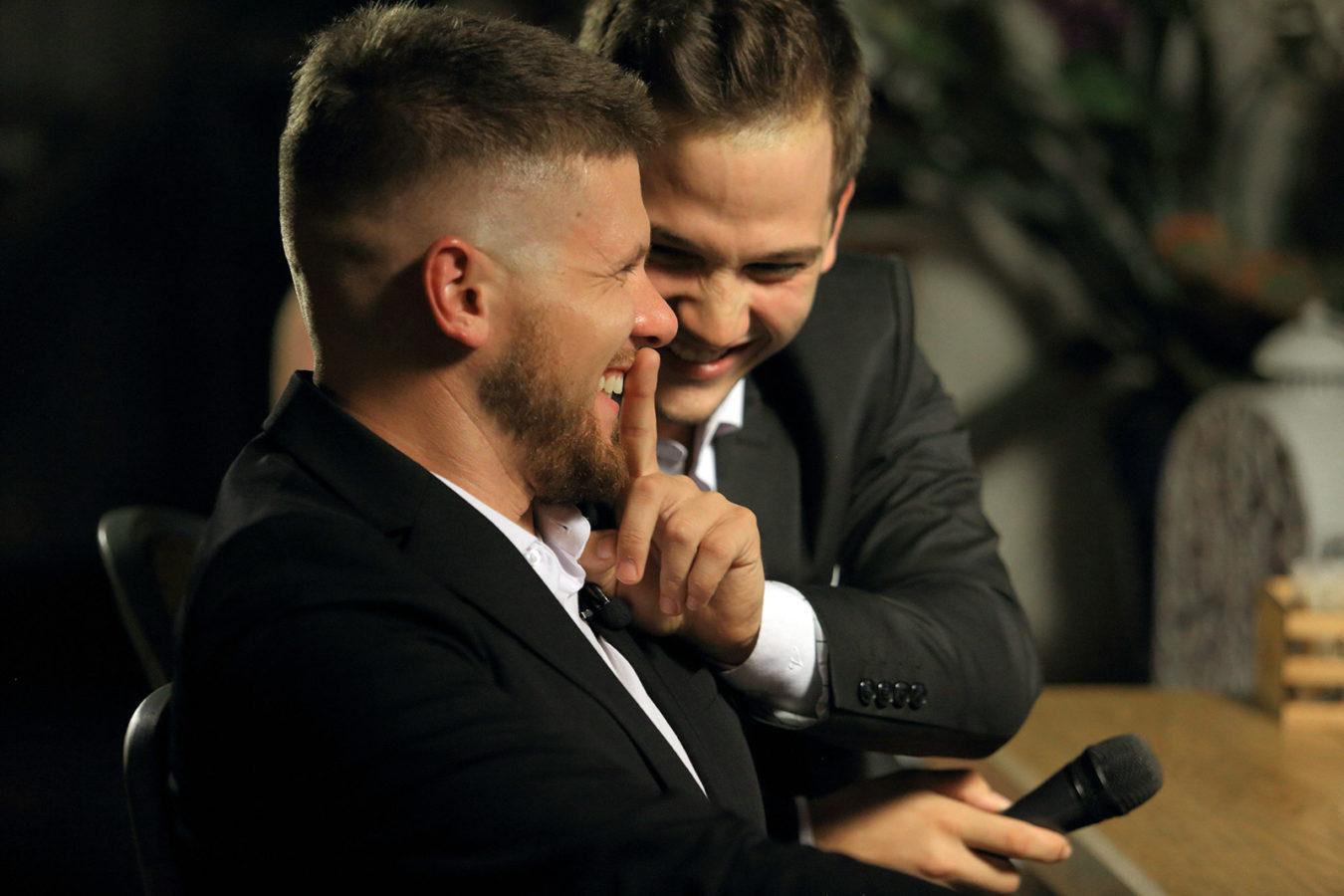 Шоу «Наушники» стартует на канале СТС Love